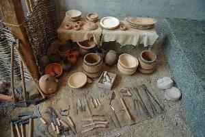 Les ustensiles et accessoires de la cuisine celte et gauloise mat riel et m thodes de cuisson - Image d ustensiles de cuisine ...